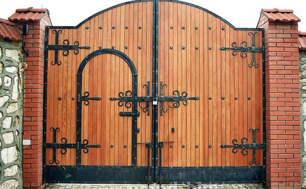 калитка и ворота под старину4