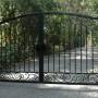 Ворота и калитки с элементами ковки — готовые и сделанные своими руками