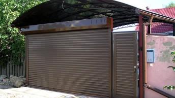 Ворота роллетного типа — особенности, пошаговая установка и можно ли сделать своими руками