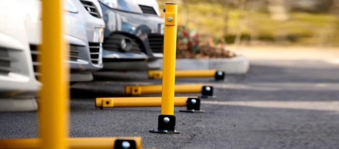Складывающиеся столбики для организации парковки
