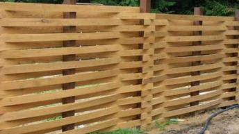 Все разновидности деревянных горизонтальных заборов