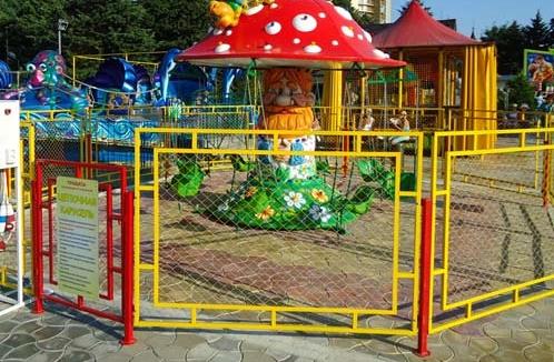 Детский забор из металла
