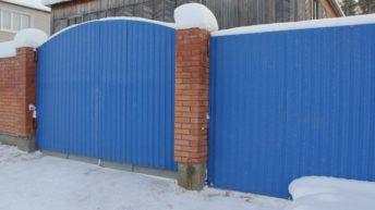 Строим забор из профнастила (профлиста) своими руками