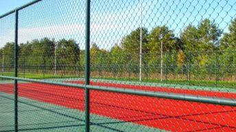 Преимущества и недостатки разных видов ограждений для спортивной площадки