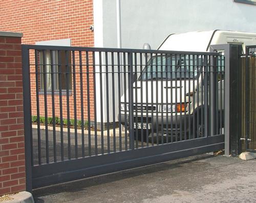 Откатные ворота из проф трубы