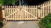 Как сделать калитку и ворота из штакетника своими руками