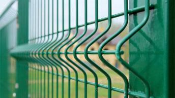 Забор из специальной, готовой сетки гиттер
