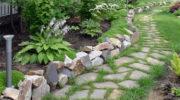 Бордюры из разных пород камня для клумбы