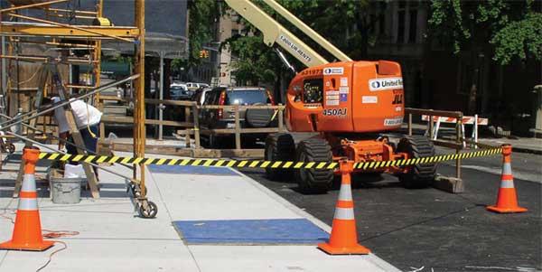 Сигнальная лента для ограждения строительной площадки